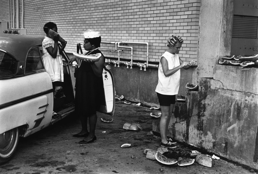 Photograph by Dennis Stock (1964) via Magnum Photos