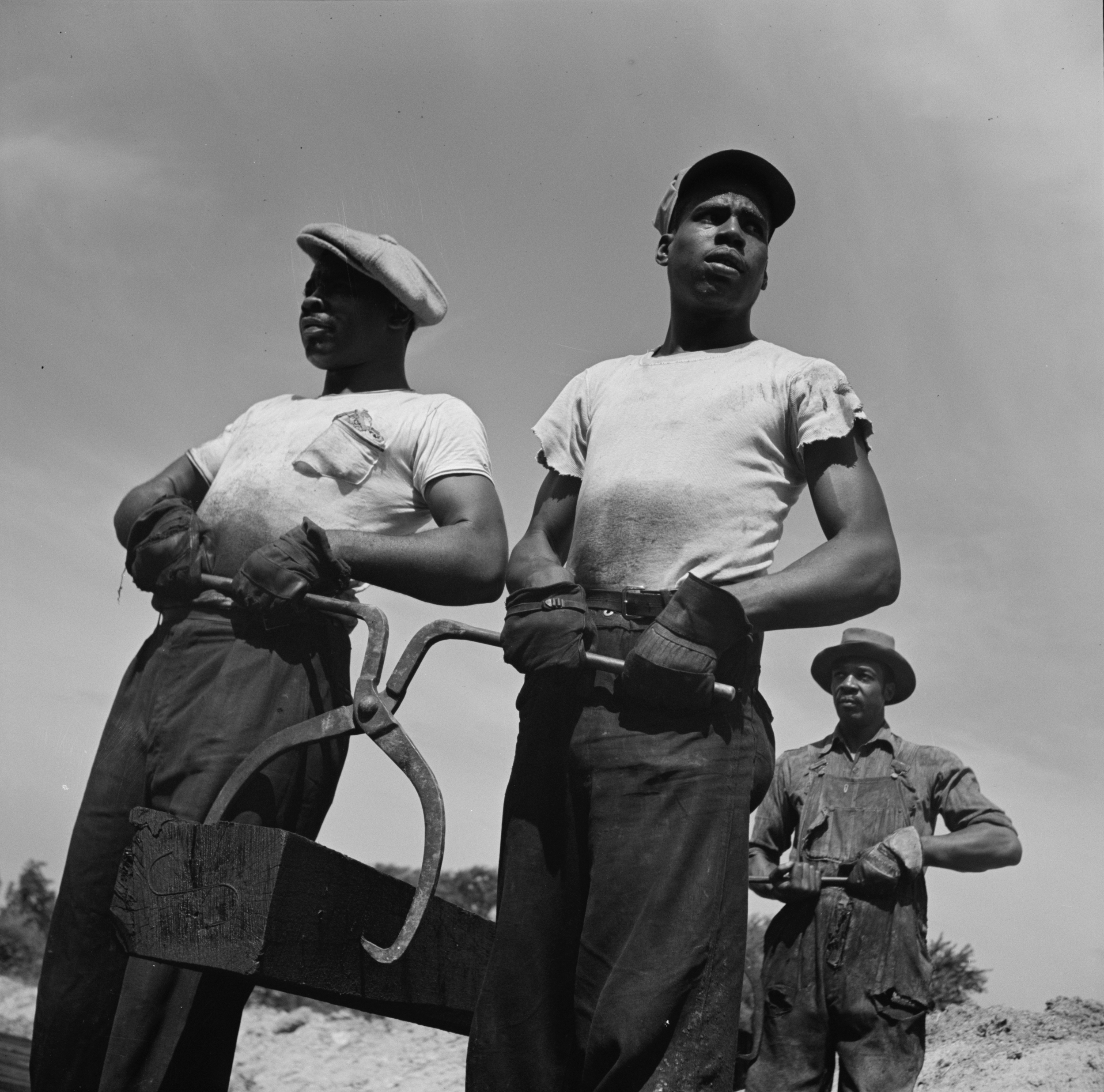 Photograph by Howard Liberman (1942) Courtesy of the Library of Congress