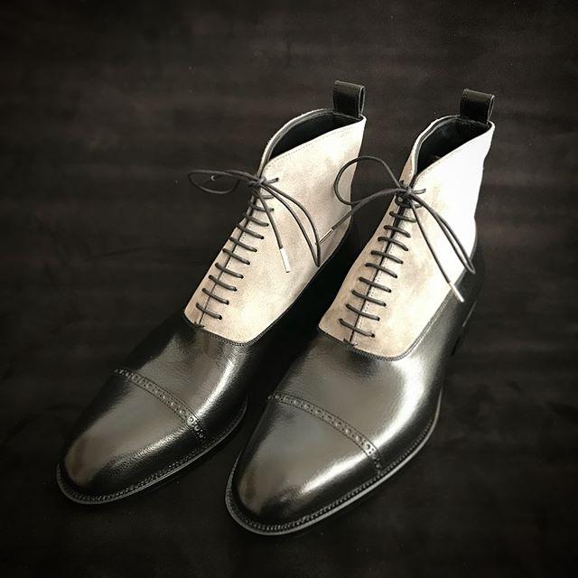 buffalo calf×italy suede  #fysky#ordershoes#shoemaker#japan#shoes#shoemaking#handmade#handsewnwelted#style#madeinjapan#leathershoes#shoestagram#shoefashion#靴#注文靴#靴職人#靴作り#革靴#紳士靴#ハンドソーンウェルテッド#マッケイ#9分仕立て#フルハンド#東京#吉祥寺