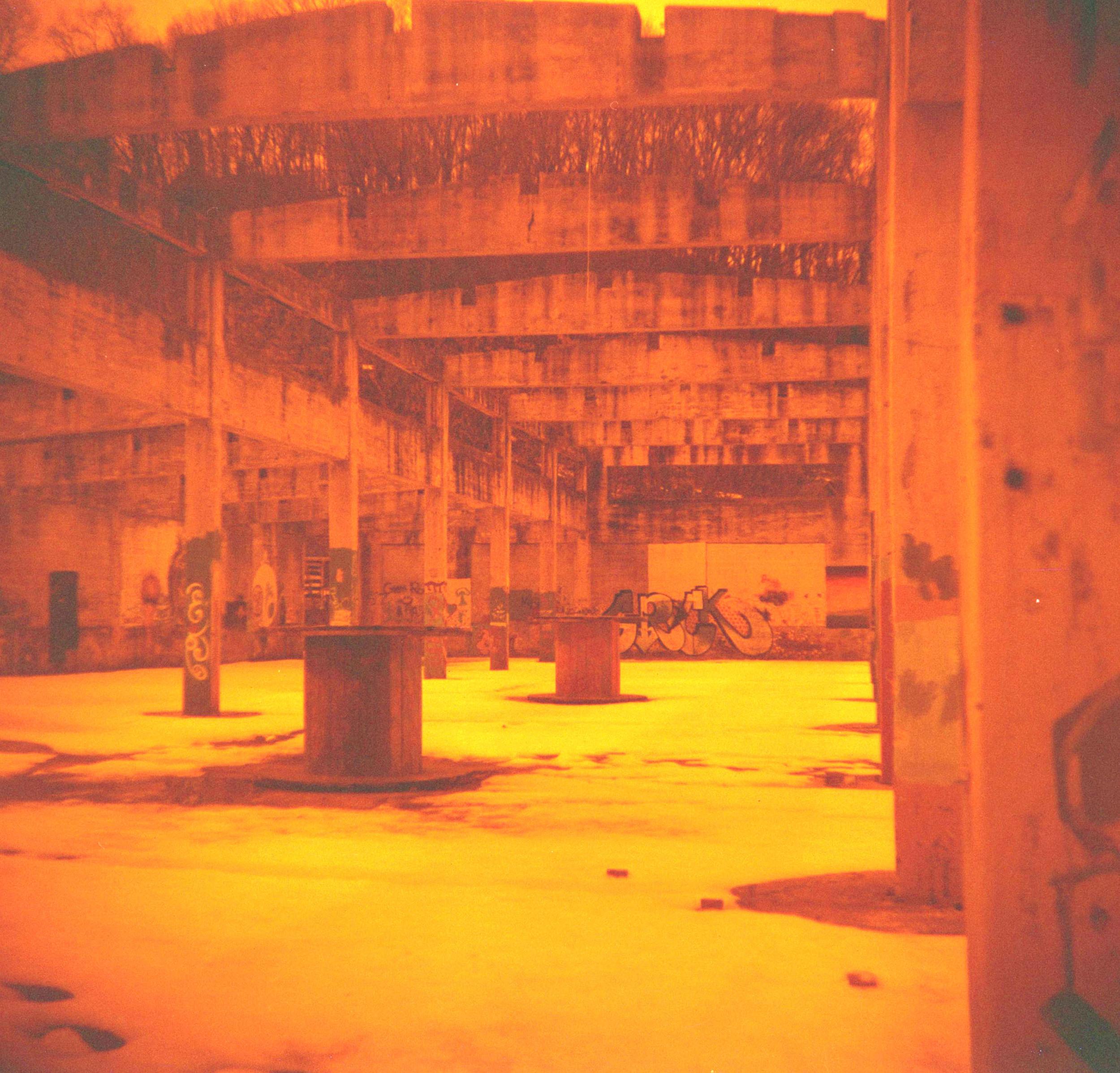 ruins_hall.jpg