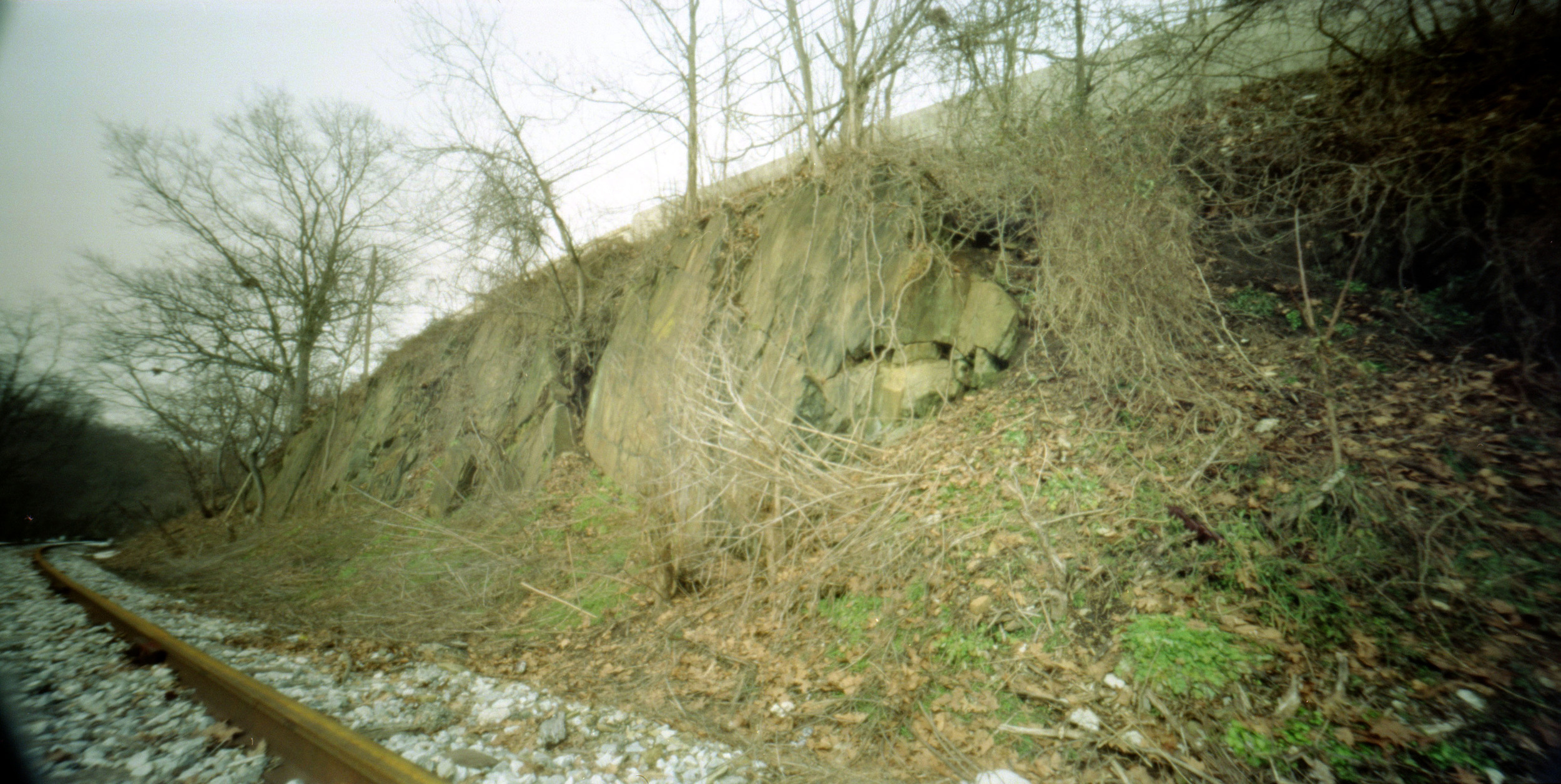 rocks_by_railroad.jpg