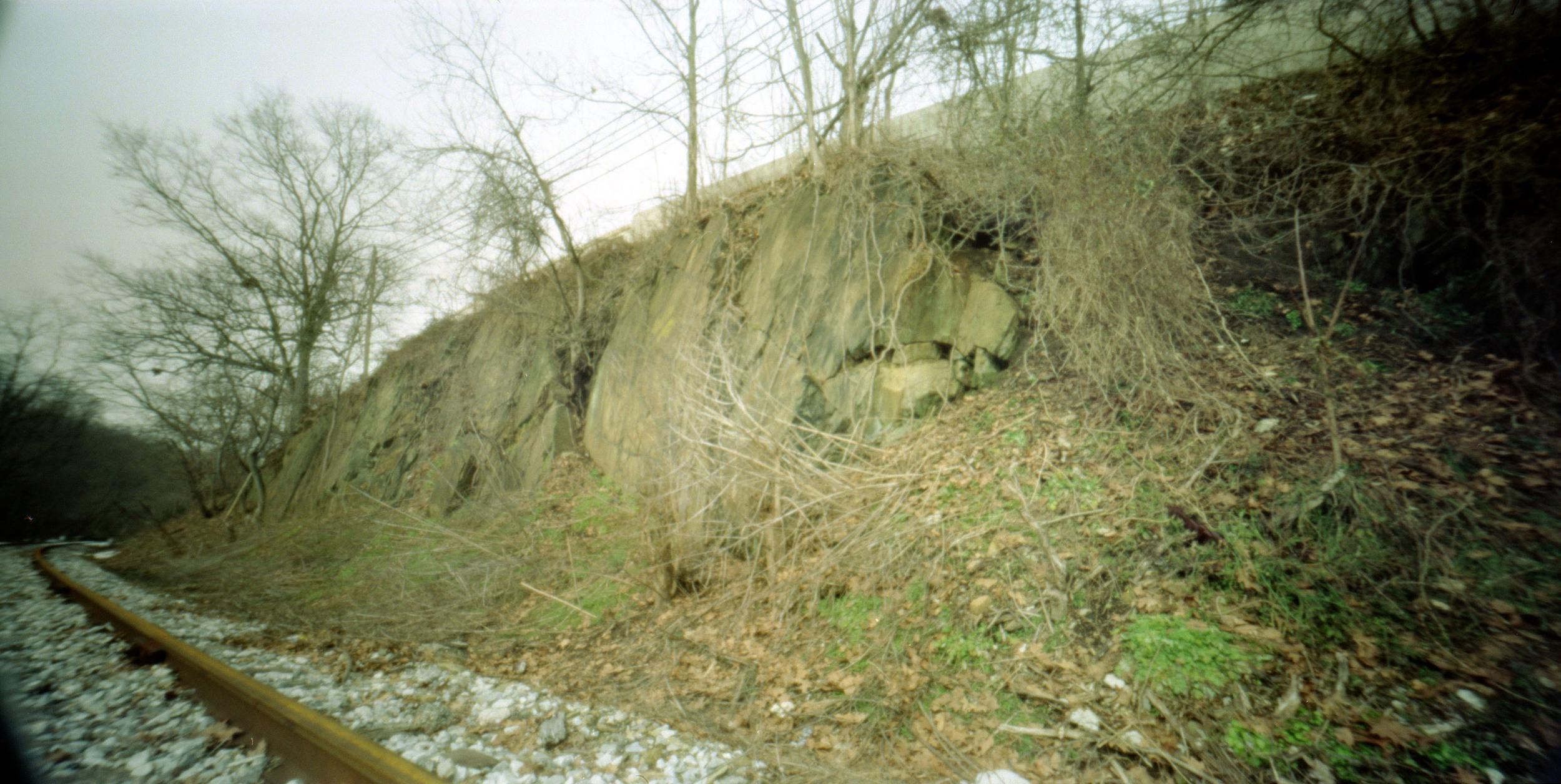 rocks_by_railroad.jpg