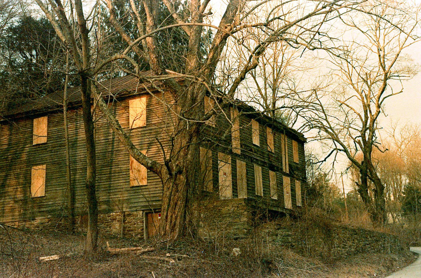 abandoned_building-trenton.jpg