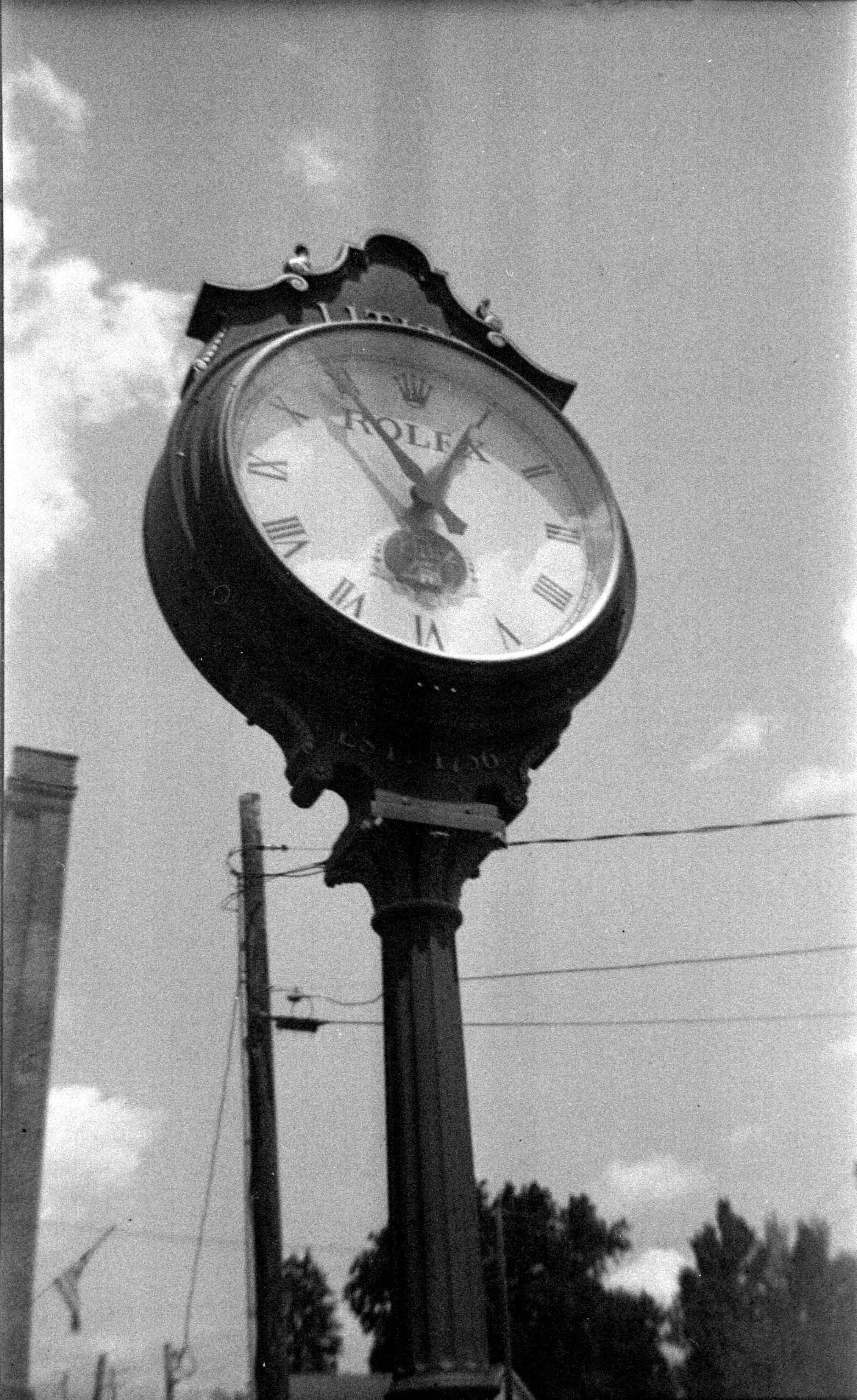 lititz_clock.jpg