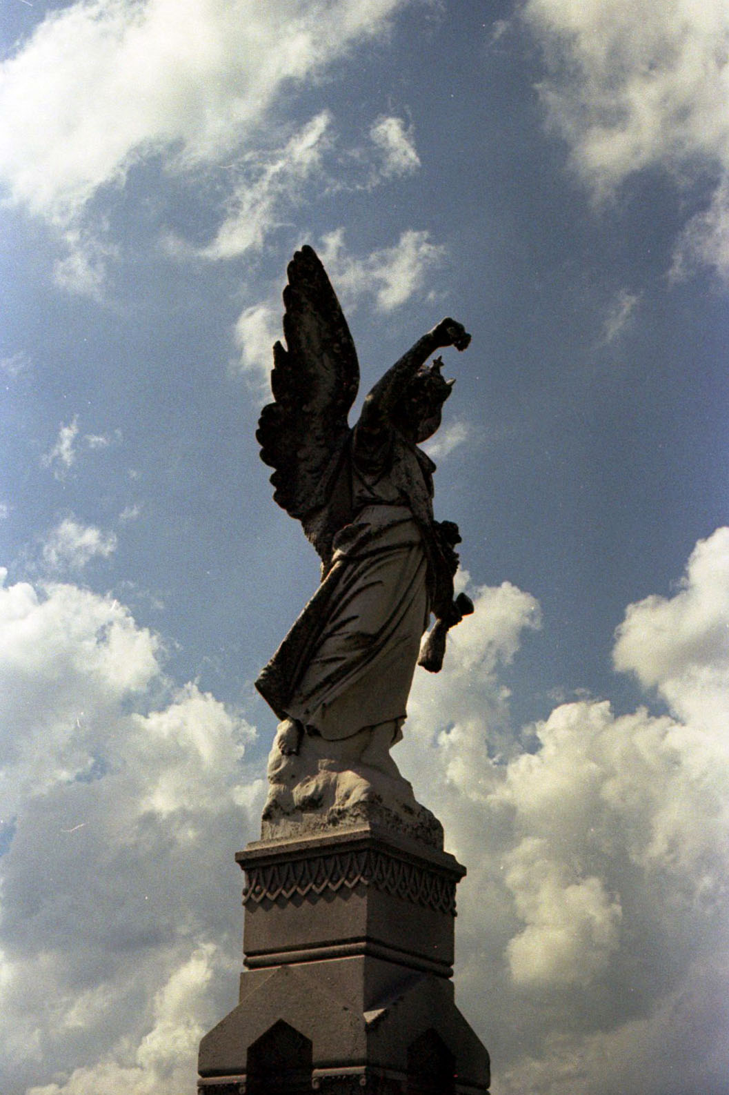 angel_in_the_clouds_29072097246_o.jpg