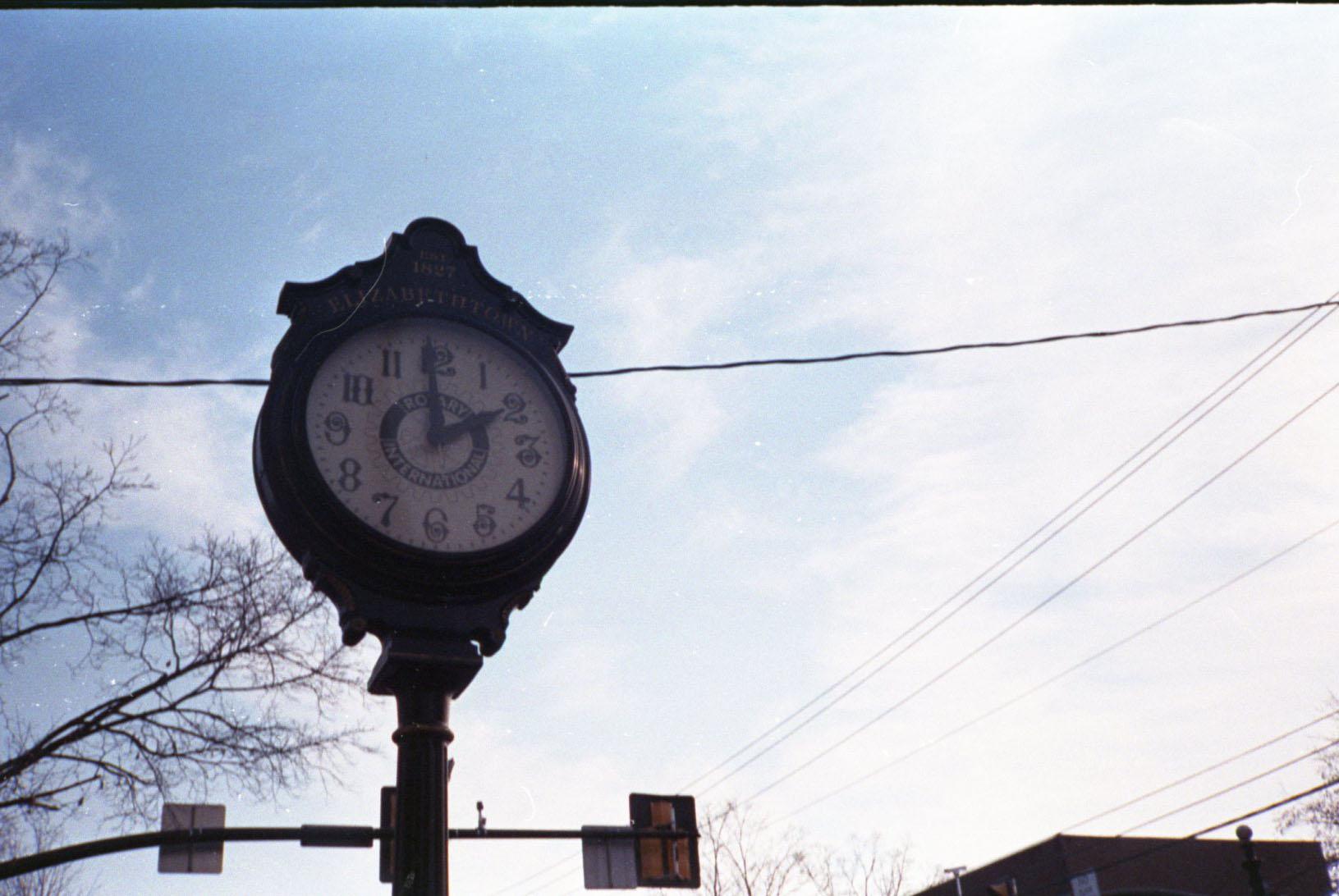 clock_30882032490_o.jpg
