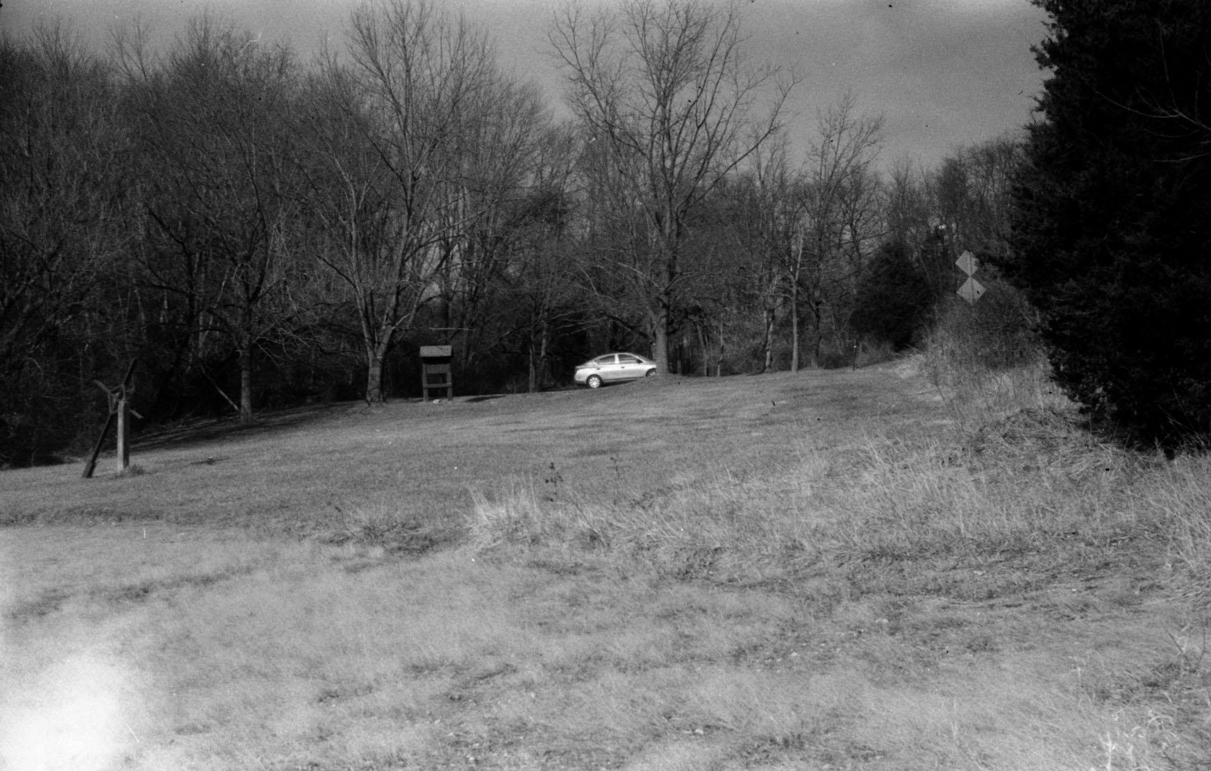 distant_car.jpg