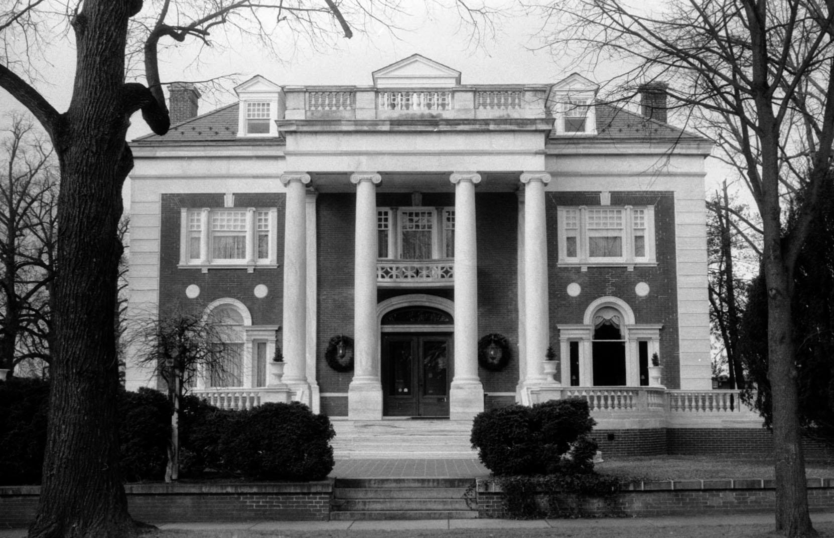 sheppard_mansion.jpg