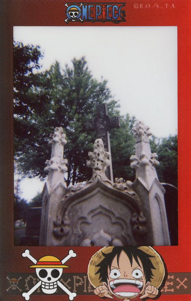 headstone_detail.jpg
