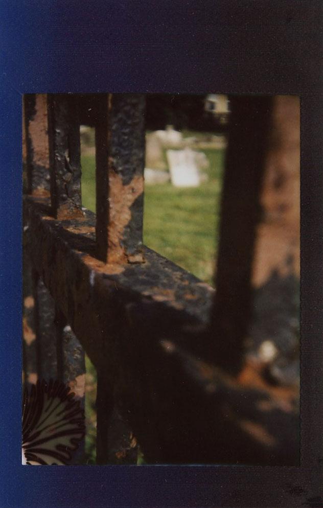 cemetery_fence_35503634633_o.jpg
