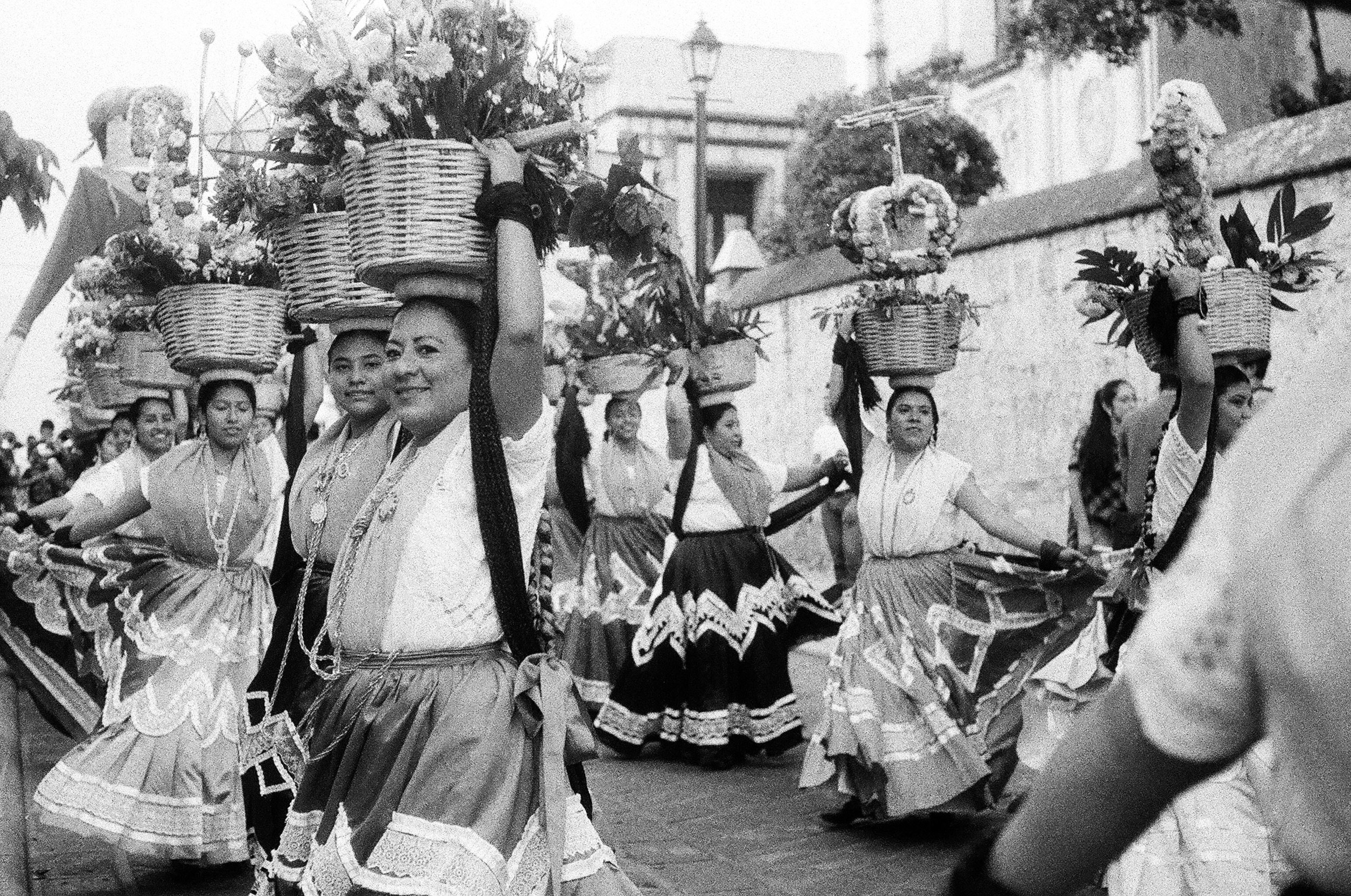 OAX_2016_Folk Parade-1.jpg