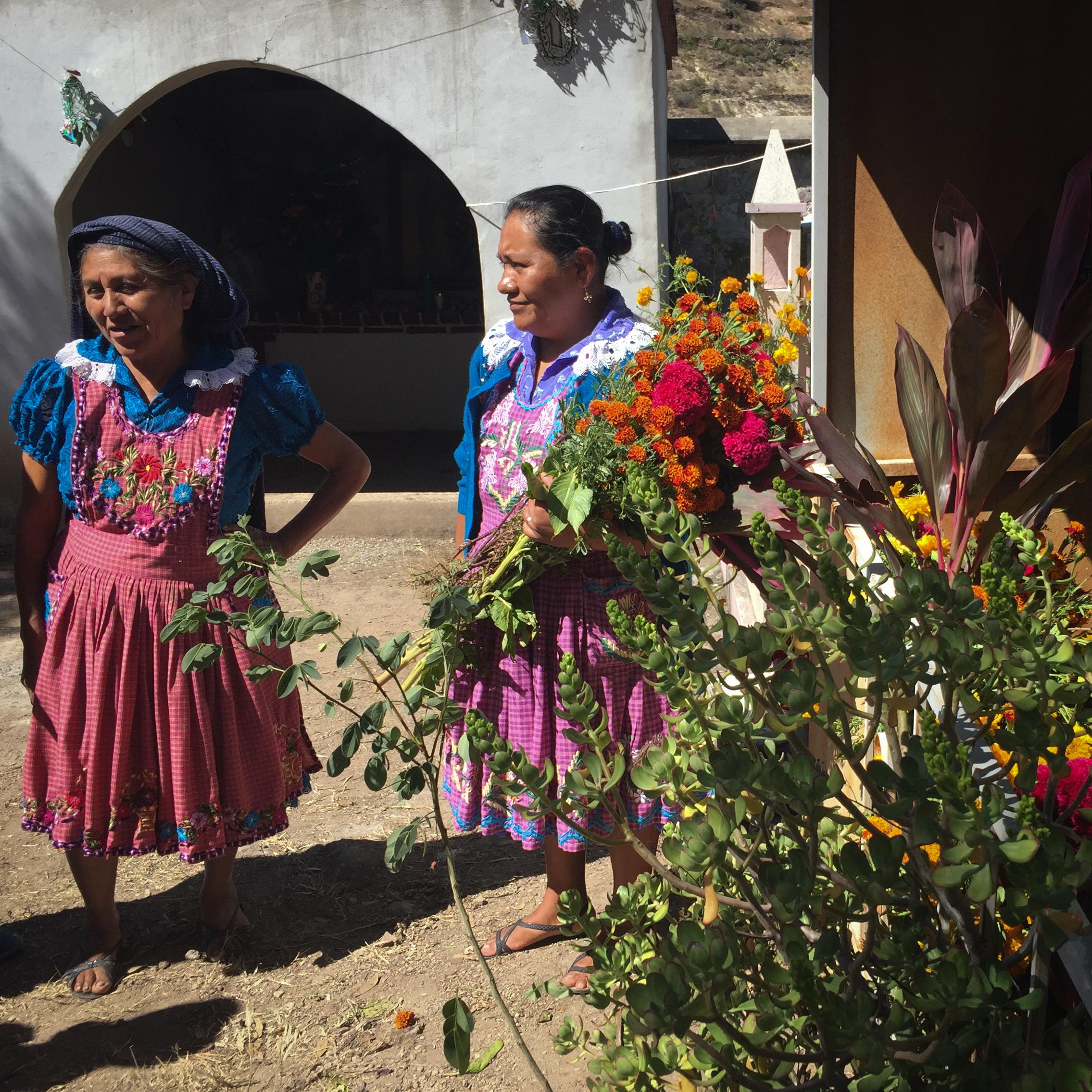 AUGUST ETTA_San Miguel del Valle_Dia de Muertos_Katrina Jane Perry-3.jpg