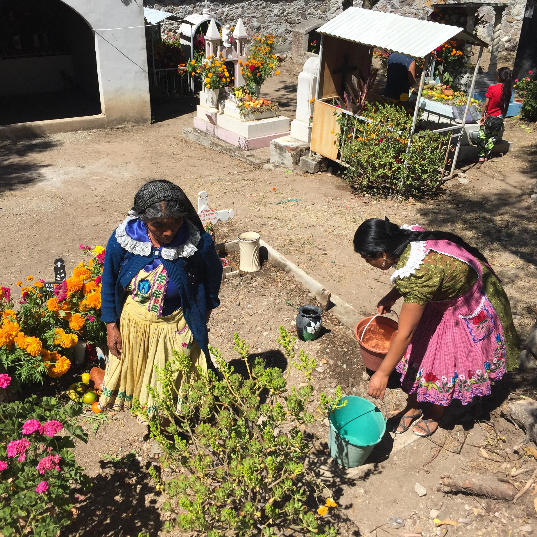AUGUST ETTA_San Miguel del Valle_Dia de Muertos_Katrina Jane Perry-9.jpg