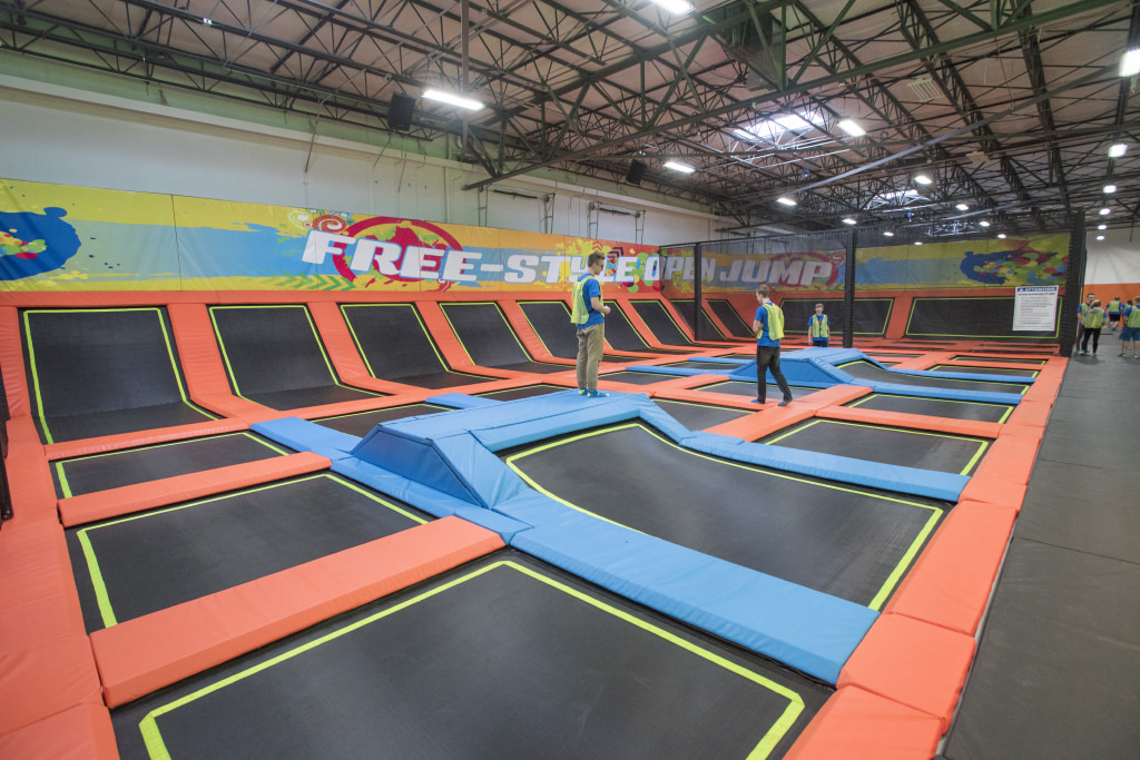 Urban Air Open Trampoline Jumping Area