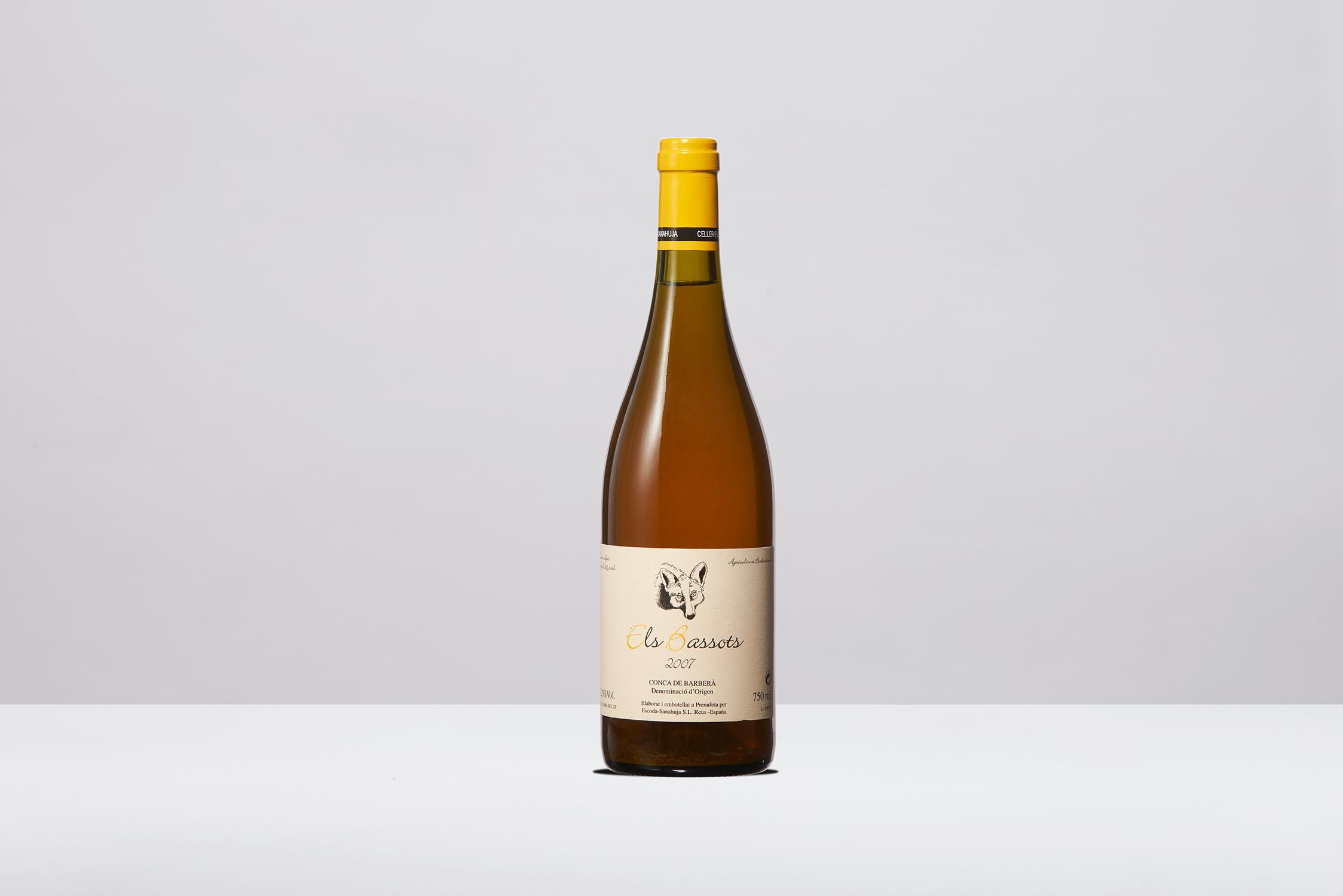Wine on white 2.jpg