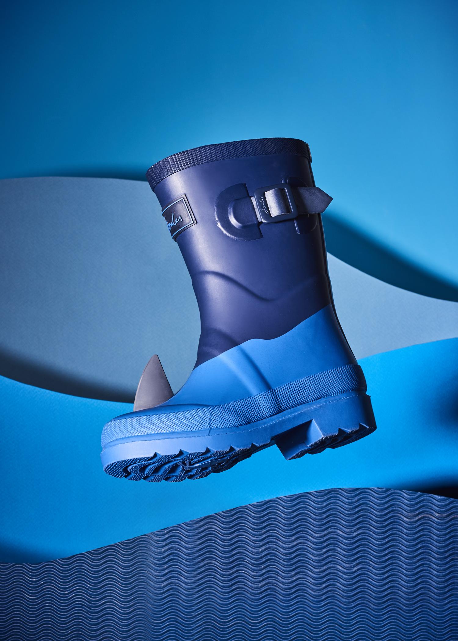 Shark Boot v1.jpg