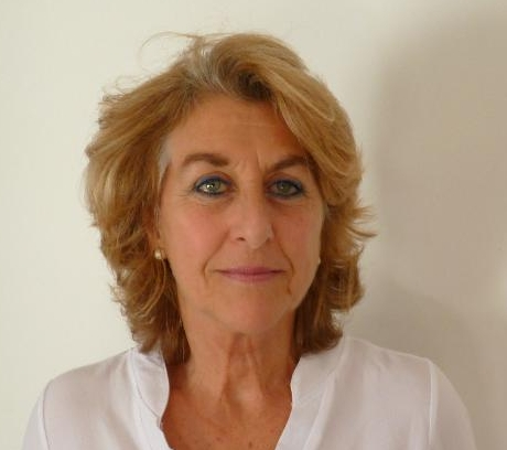 Sylvana Fernandez-Ellauri headshot 1.jpg