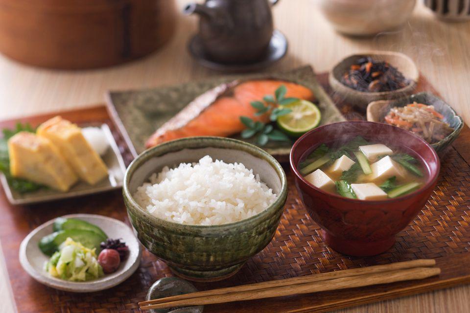 Japanese-breakfast-GettyImages-172597355-5877eeb73df78c17b646f205.jpg