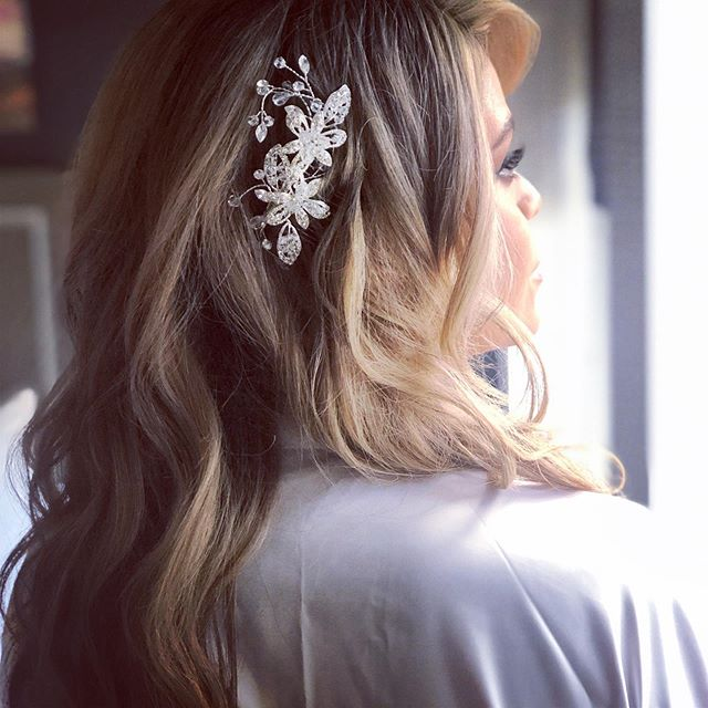 Finally getting some downtime to post, starting with my recent wedding, Congrats @melonytorres ! Still swooning over this look, she's obviously stunning, and this effortless down-do just compliments her relaxed style so beautifully.  Thank you for having us Melony! . . . . . . . . . . #weddinghairstyles #bridalhairstyles #njbridalhairstylist #libertyhousewedding #beautifulbride #downhair #blondebride #morningof #njweddings #onlocationbridalhairstylist #loveisinthehair #lovewhatido #juneweddings #godprovides #blessed