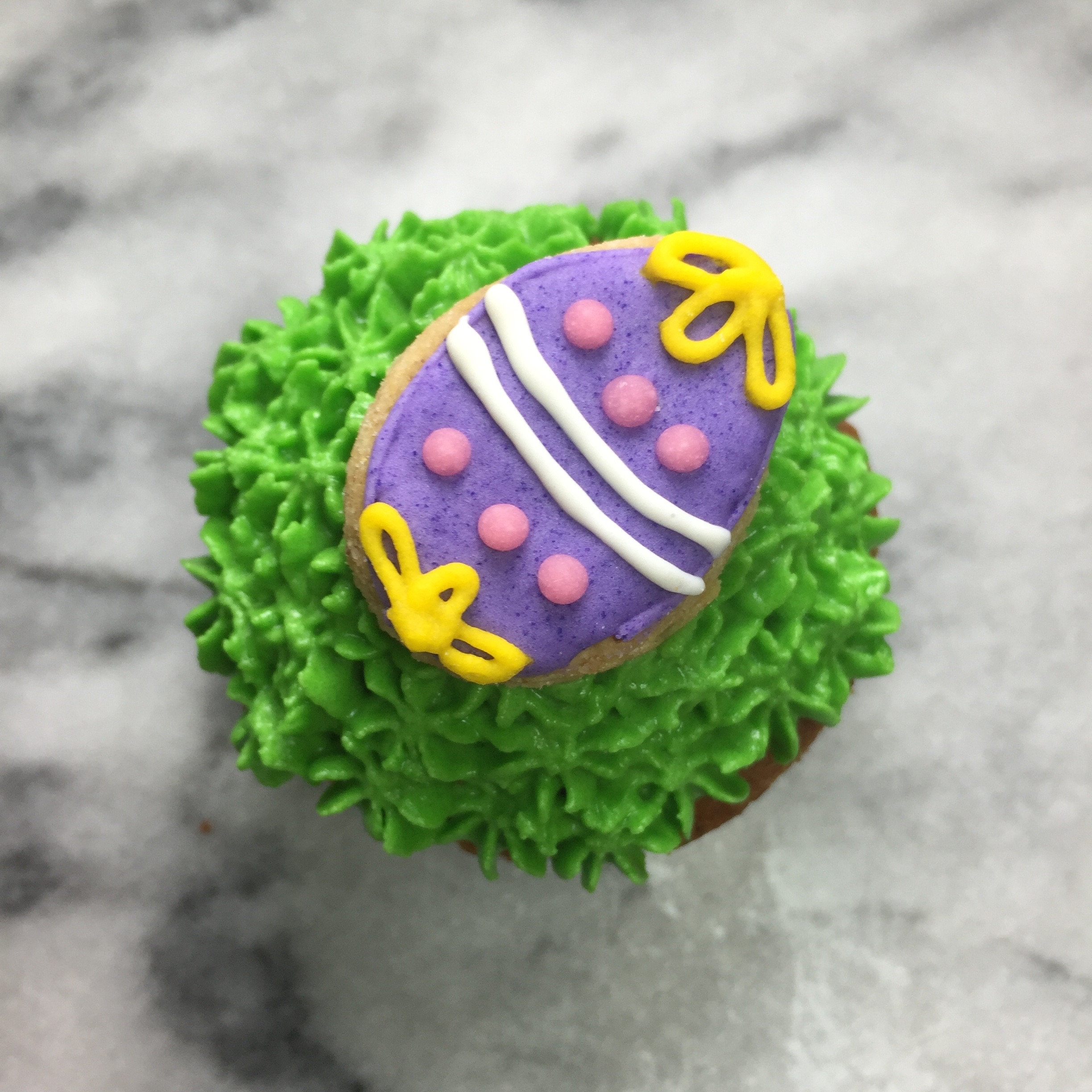 purple egg pupcake.jpg