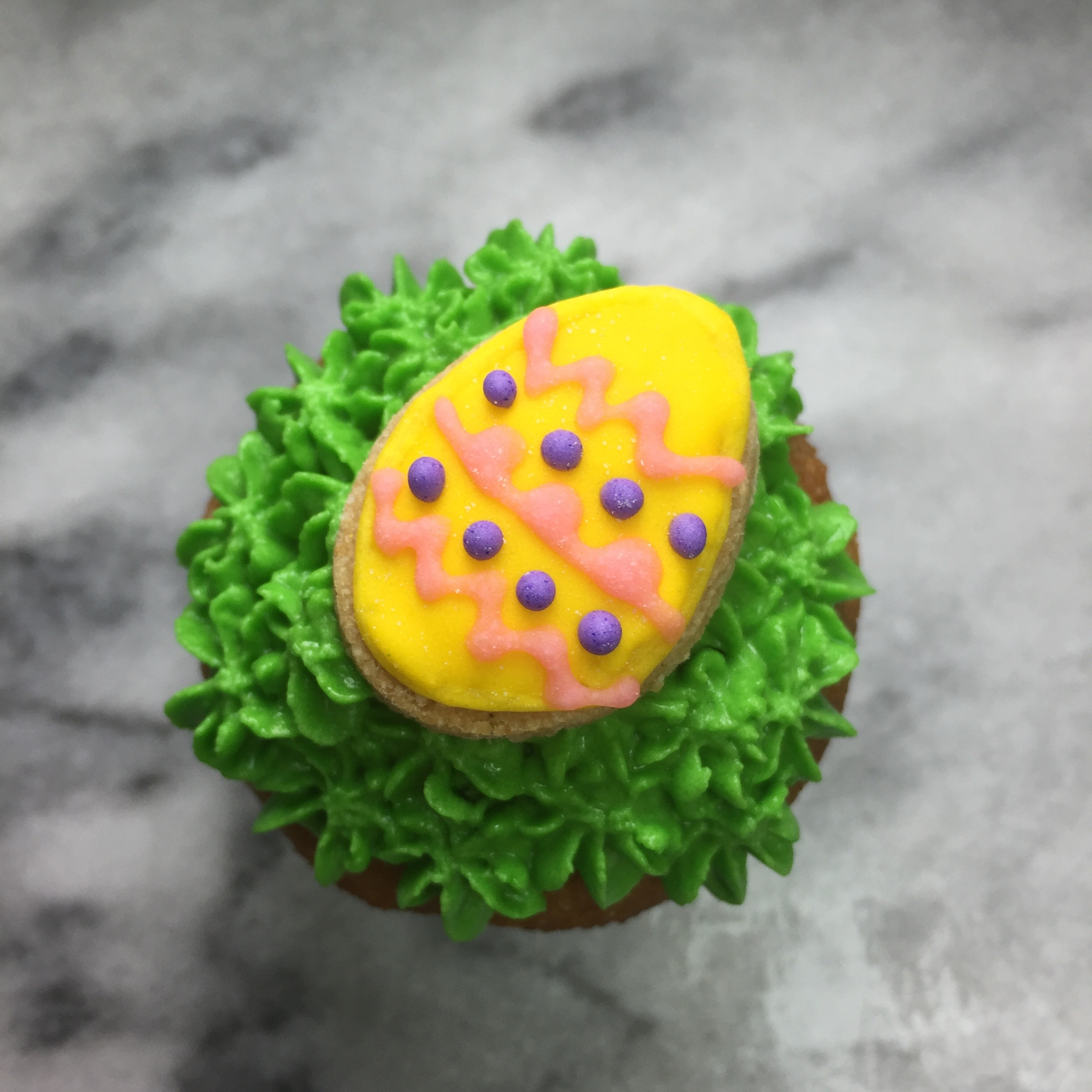 yellow egg pupcake.jpg