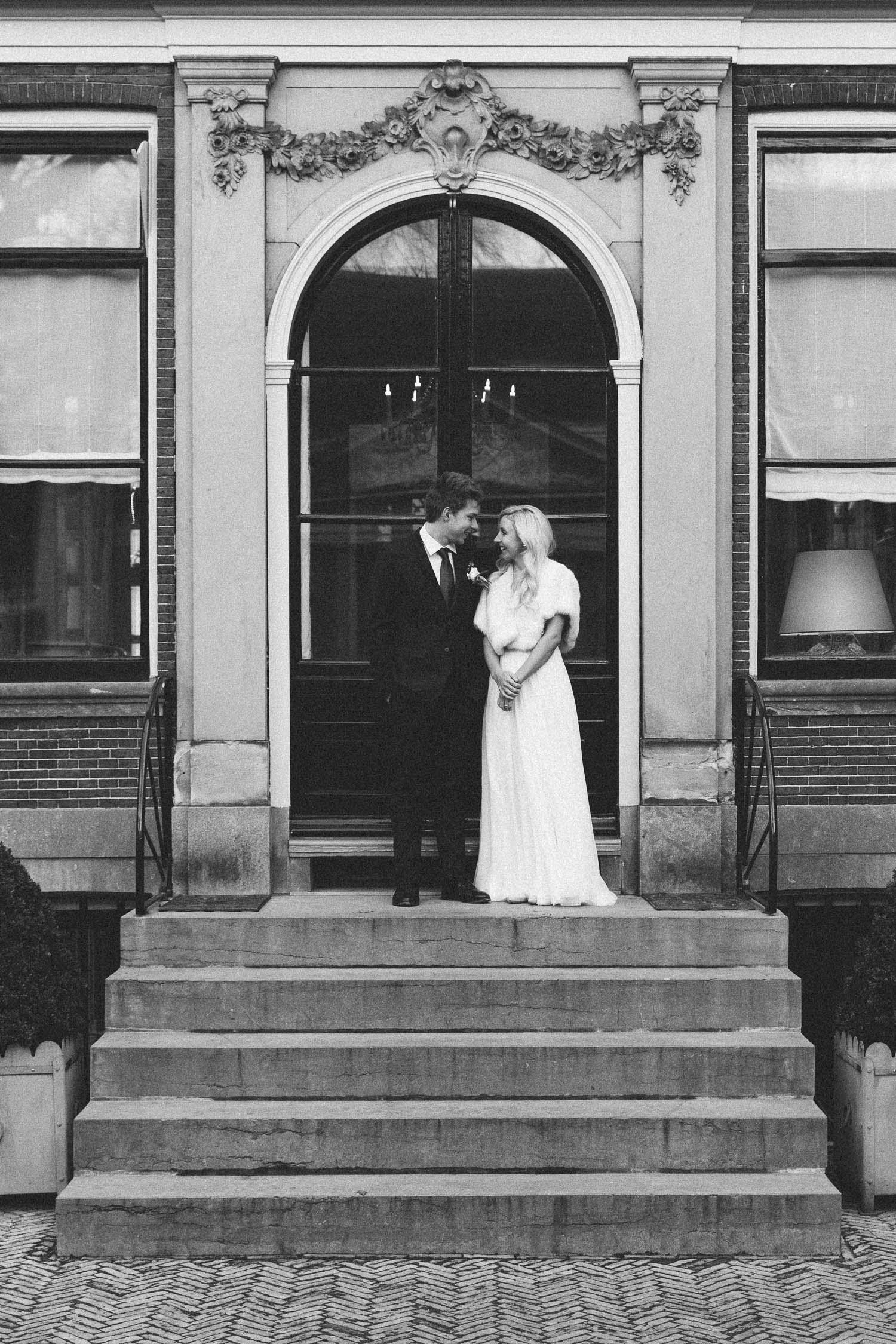 Wedding-huwelijk-trouwen-bruiloft-photography-fotografie-fotograaf-Van-Loon-Museum-by-On-a-hazy-morning-Amsterdam-20.jpg