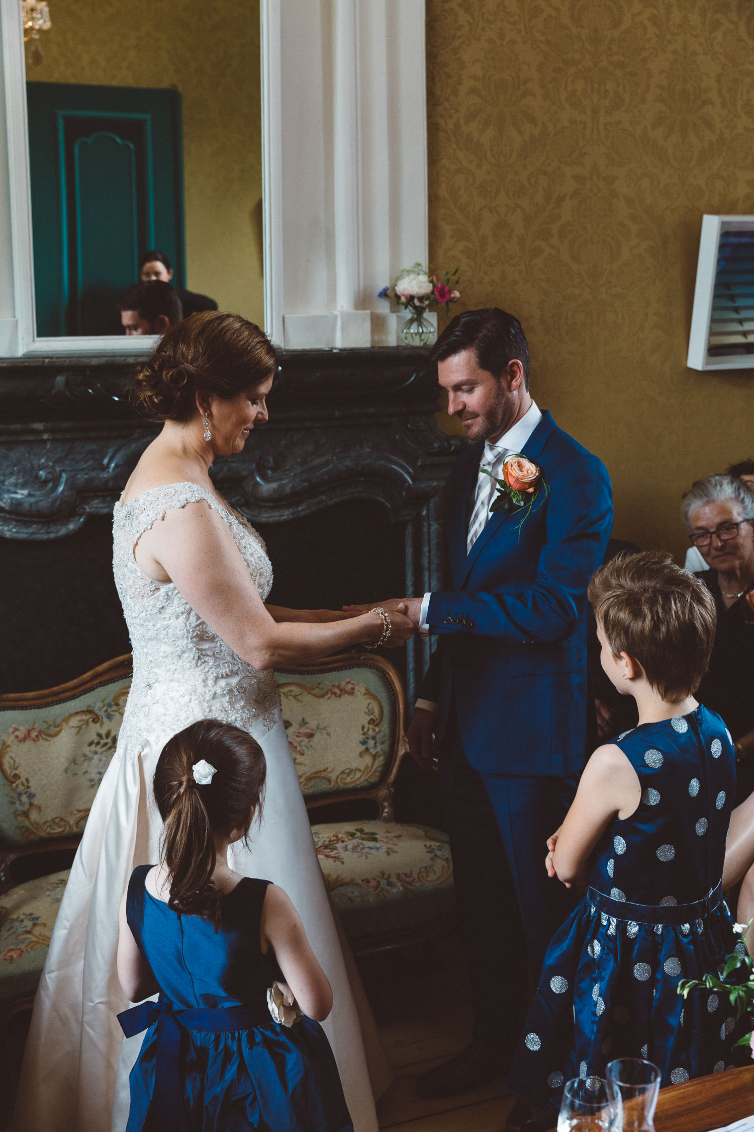 Wedding-huwelijk-trouwen-bruiloft-photography-fotografie-fotograaf-photographer-Huize-Frankendael-On-a-hazy-morning-Amsterdam-The-Netherlands-32.jpg