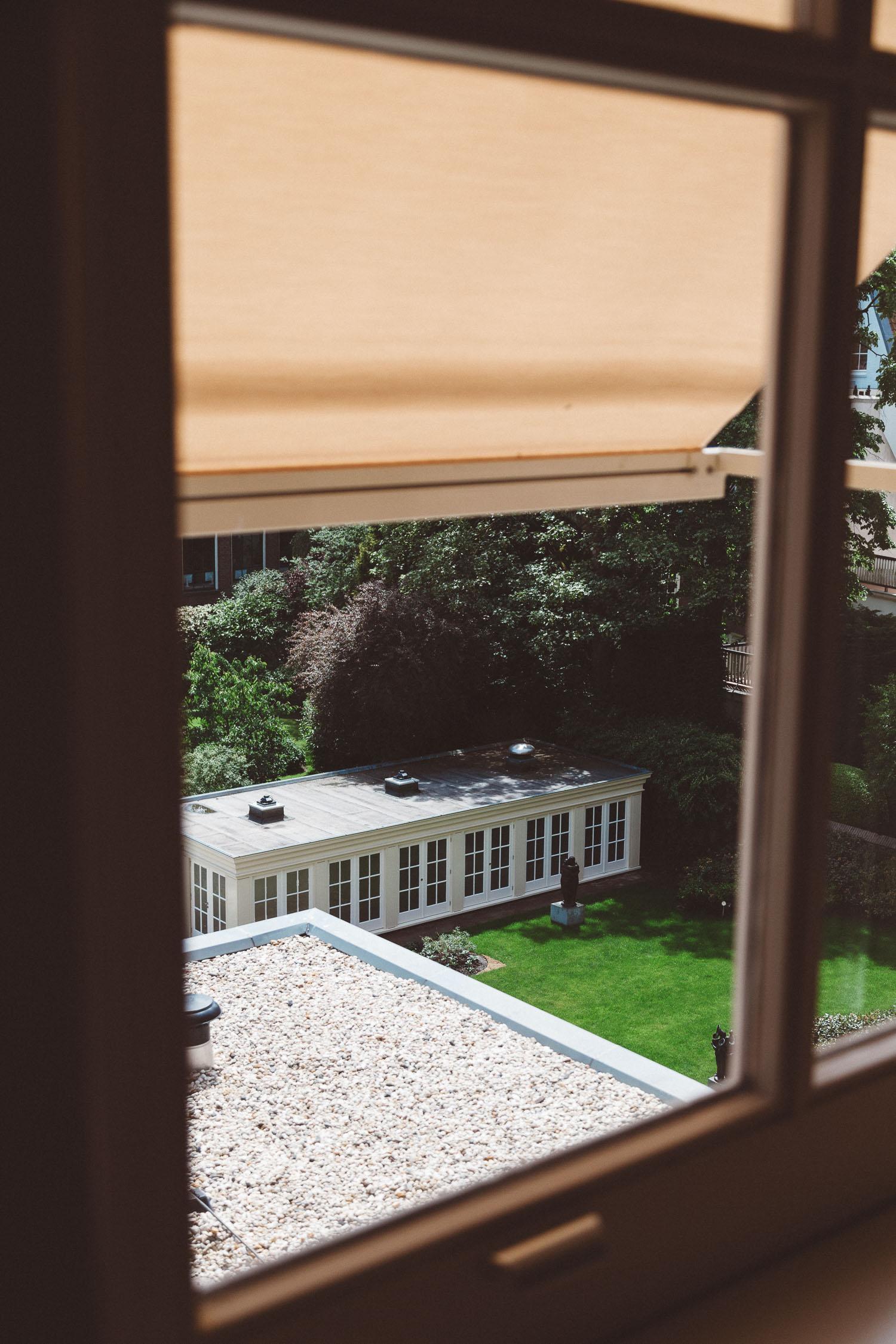Backyard-wedding-Bruiloft-Annemiek-David-fotografie-photography-On-a-hazy-morning-Amsterdam-The-Netherlands042.jpg