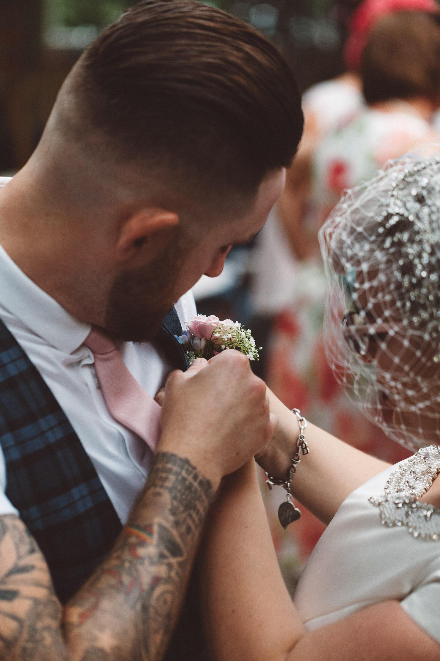 Wedding-Bethan-and-Mike-Hortus-Botanicus-photography-On-a-hazy-morning-Amsterdam131.jpg