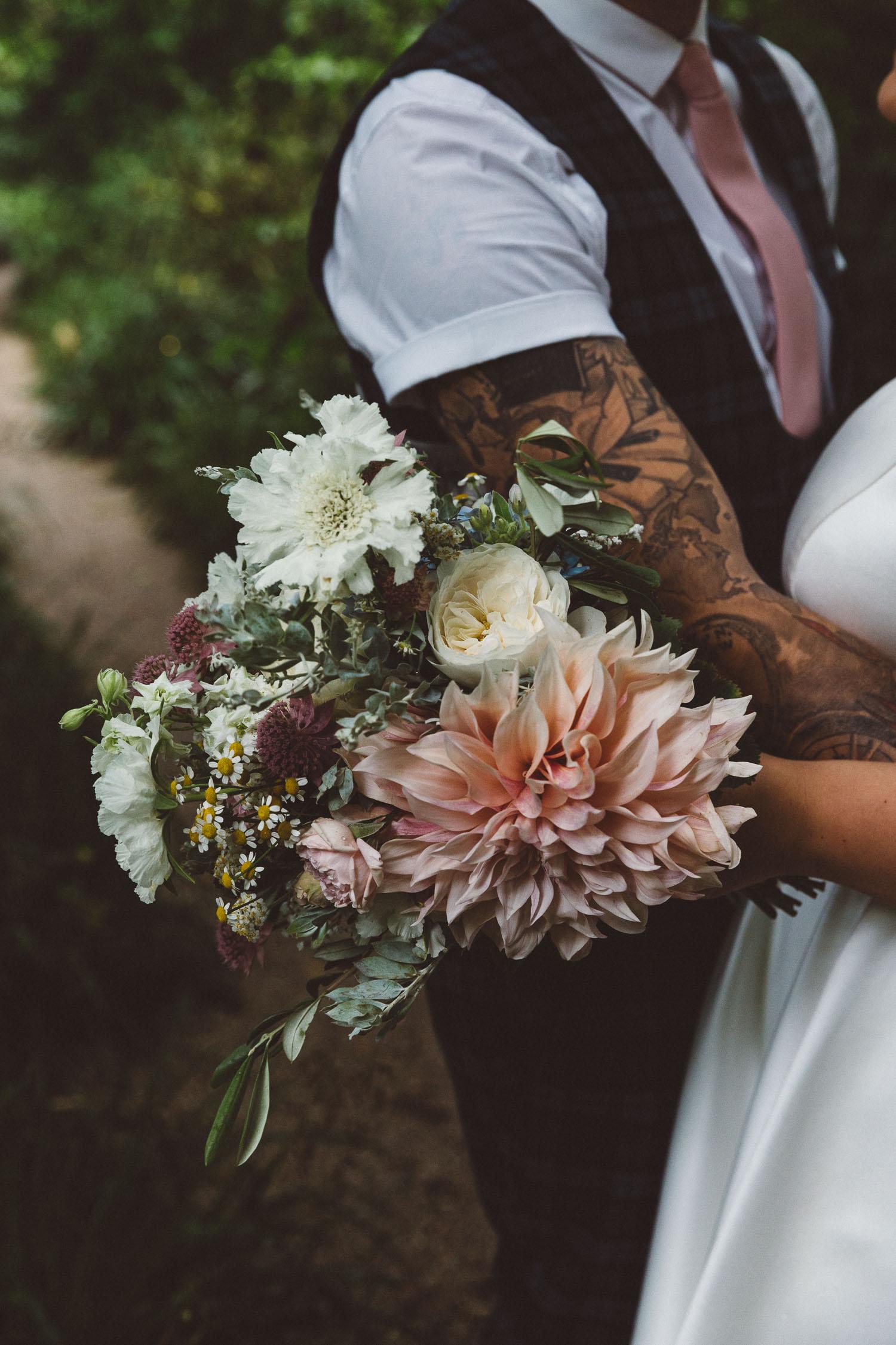 Wedding-photography-Hortus-Botanicus-On-a-hazy-morning-Amsterdam001.jpg