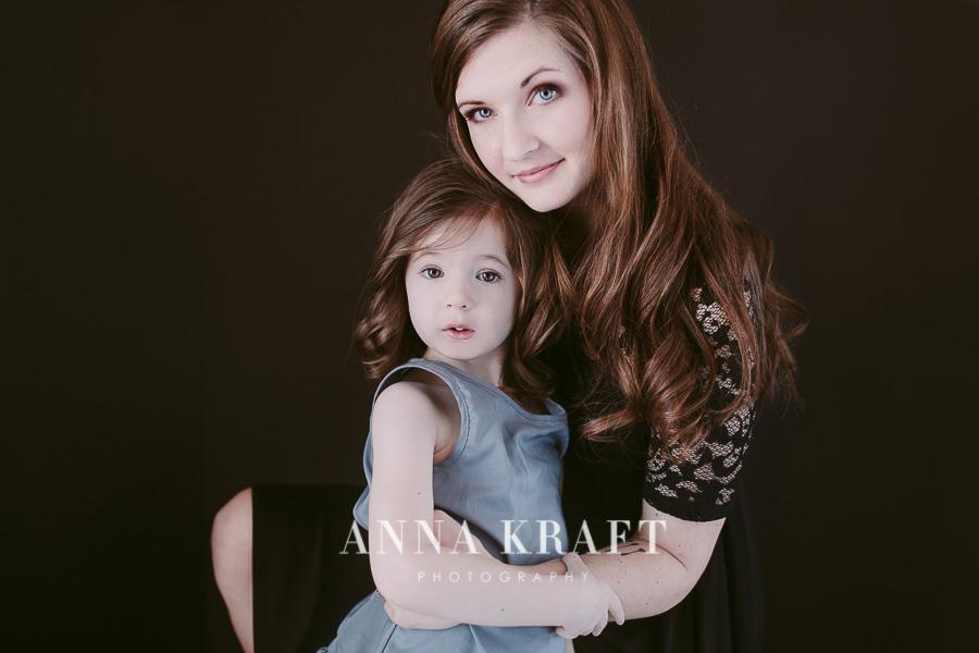 anna_kraft_photography_mother_daughter_georgetown_custom_boutique_portrait-1.JPG