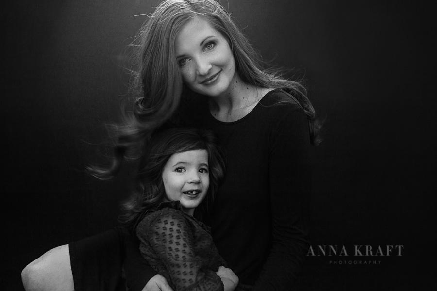 anna_kraft_photography_mother_daughter_georgetown_custom_boutique_portrait-6.JPG