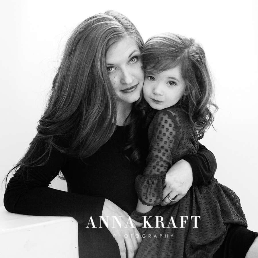 anna_kraft_photography_mother_daughter_georgetown_custom_boutique_portrait-7.JPG