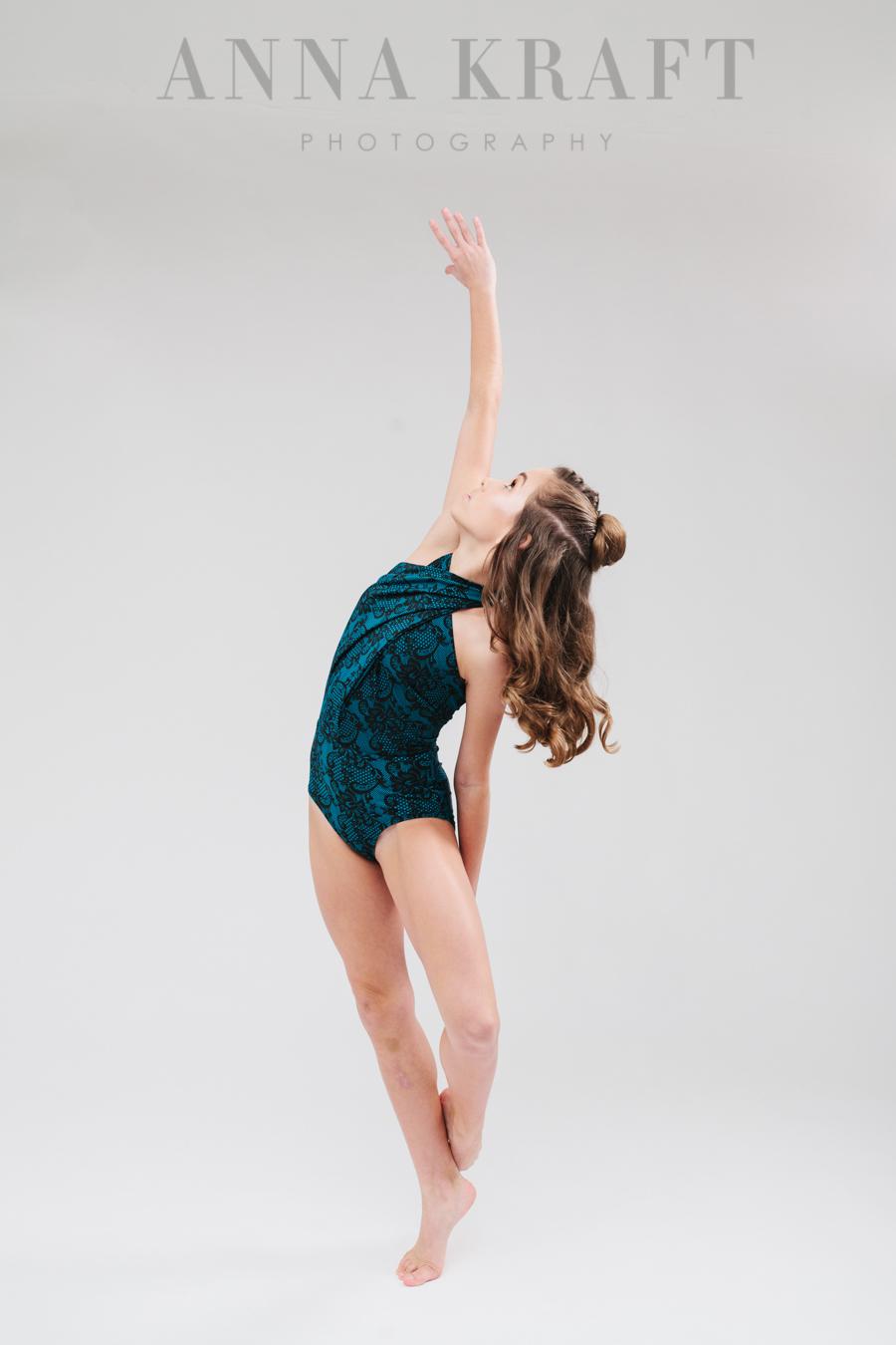 anna_kraft_photography_georgetown_square_studio_dance_portrait-5.jpg