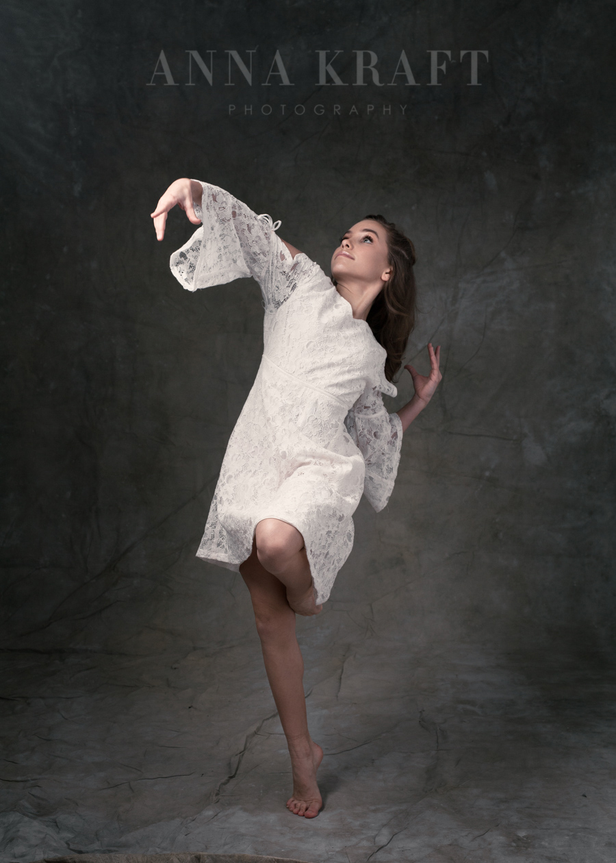 anna_kraft_photography_georgetown_square_studio_dance_portrait-49.jpg