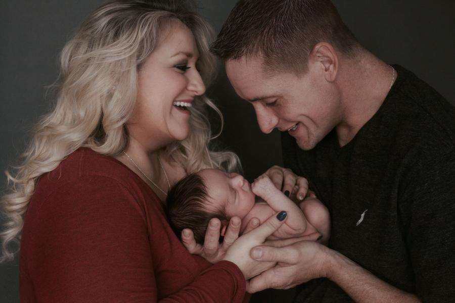 anna_kraft_photography_georgetown_austin_newborn_studio_family_portrait_picture_croft_craft-1.jpg