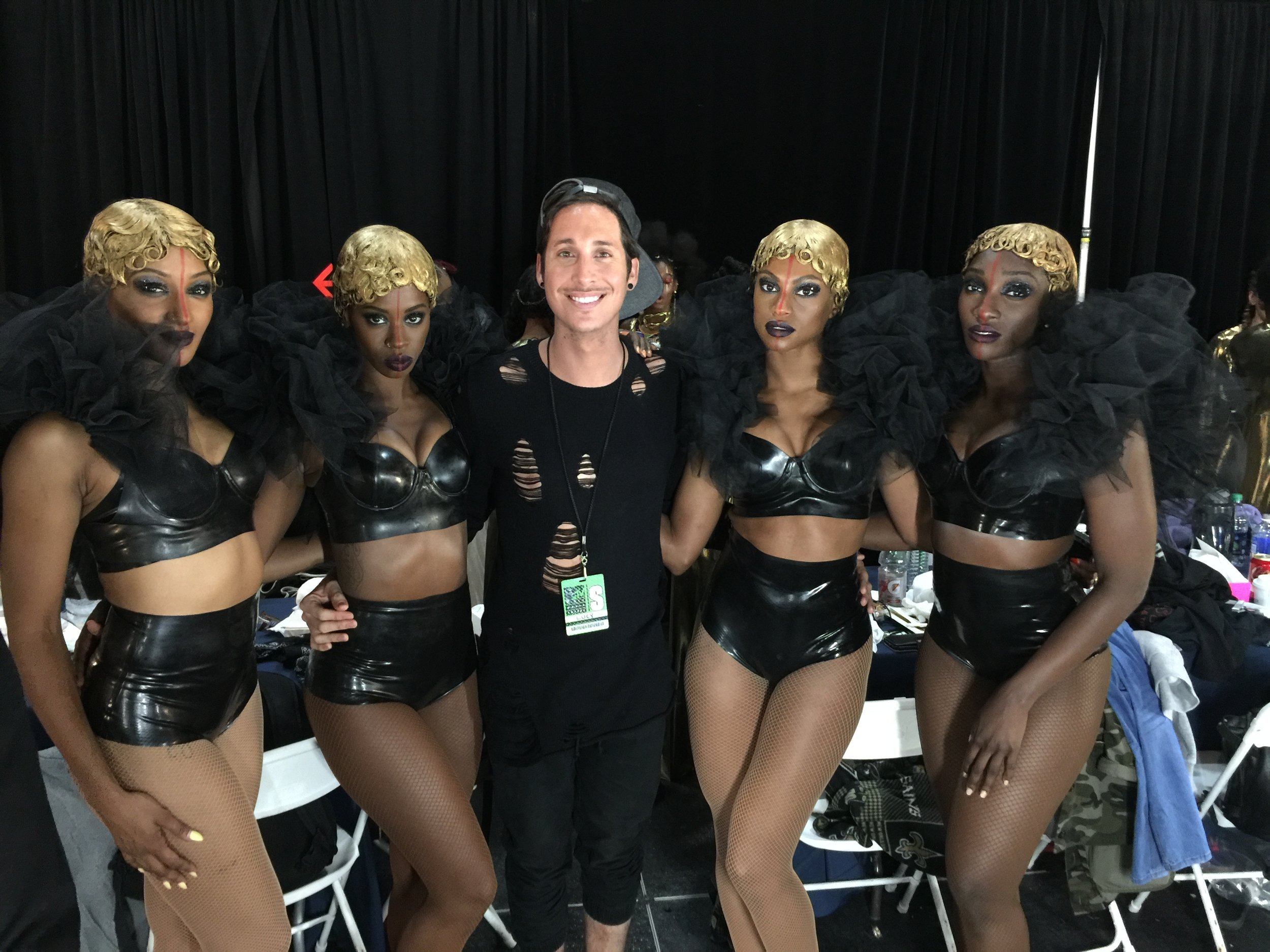 Anthony with Beyonce Formation Tour dancers