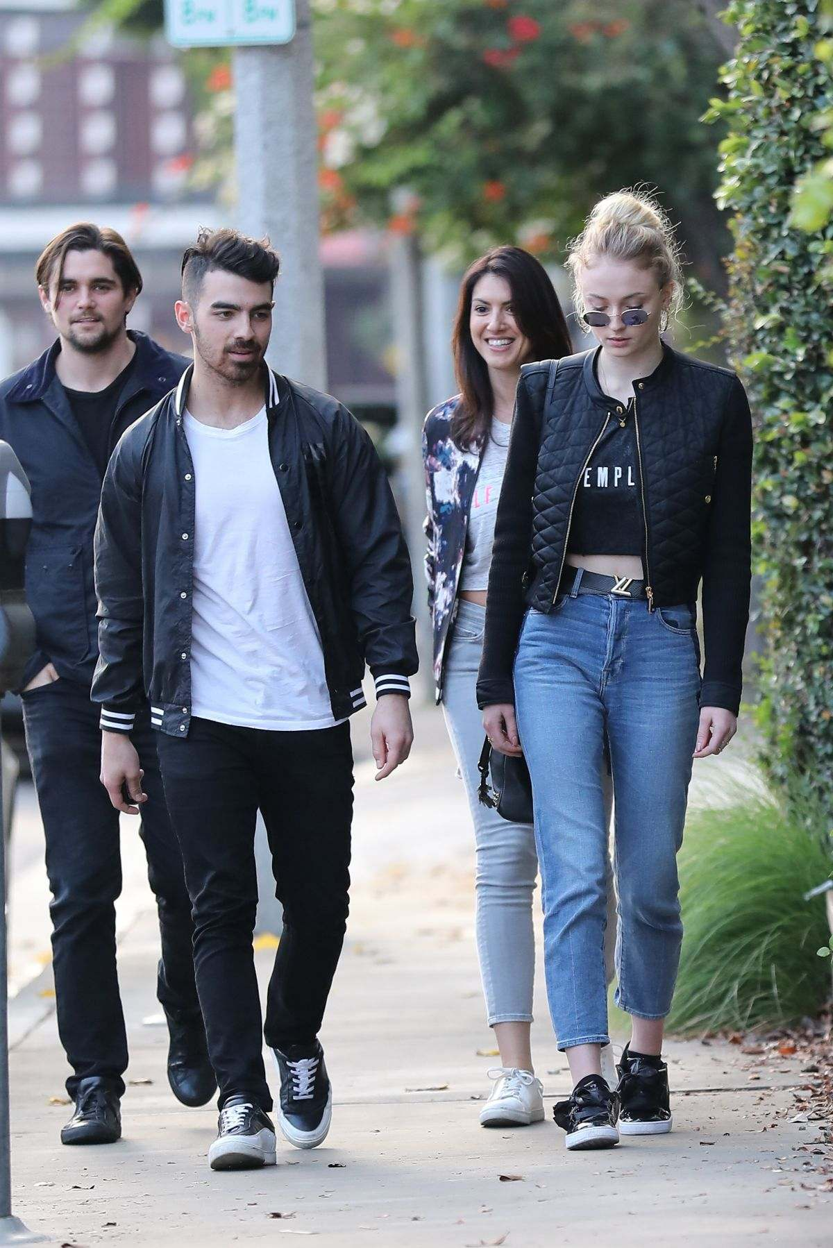 Joe Jonas and HBO's Game of Thrones' Sophia Turner in LA 01.06.17