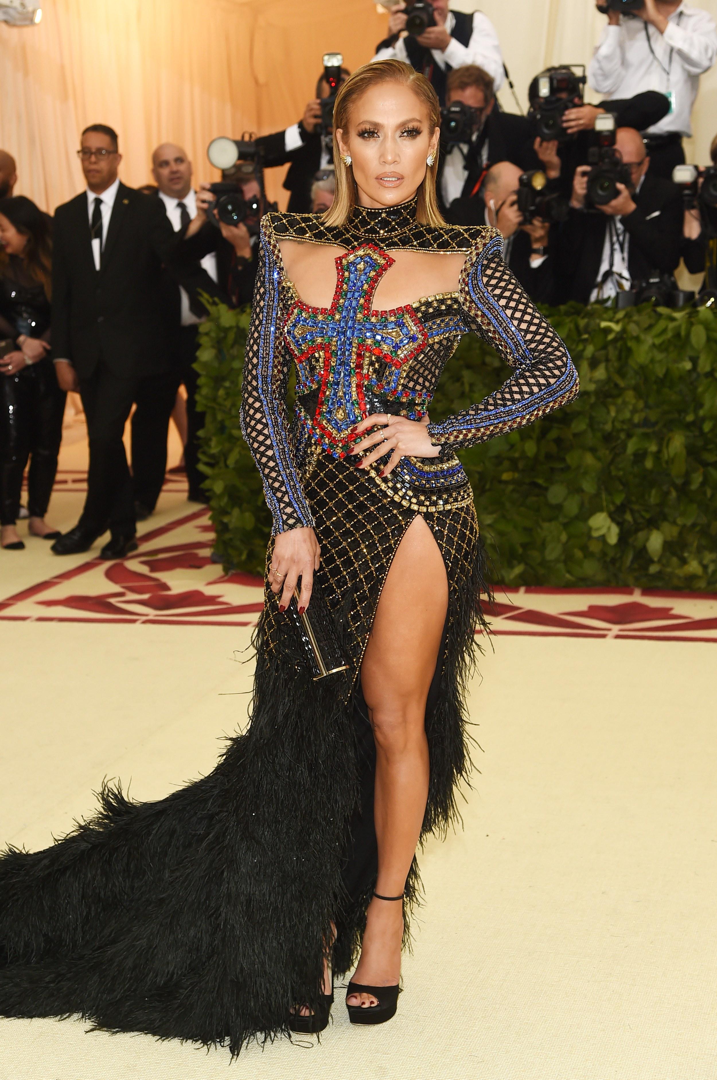 MG_Jennifer Lopez in Balmain and Jimmy Choo Shoes and Bag.jpg