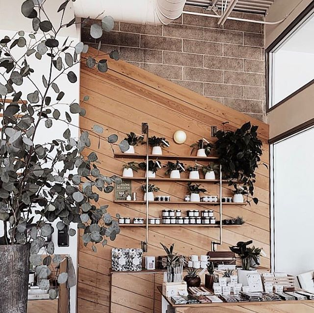Shop corners 🌿📐captured by @lisadiaz.xo 📷