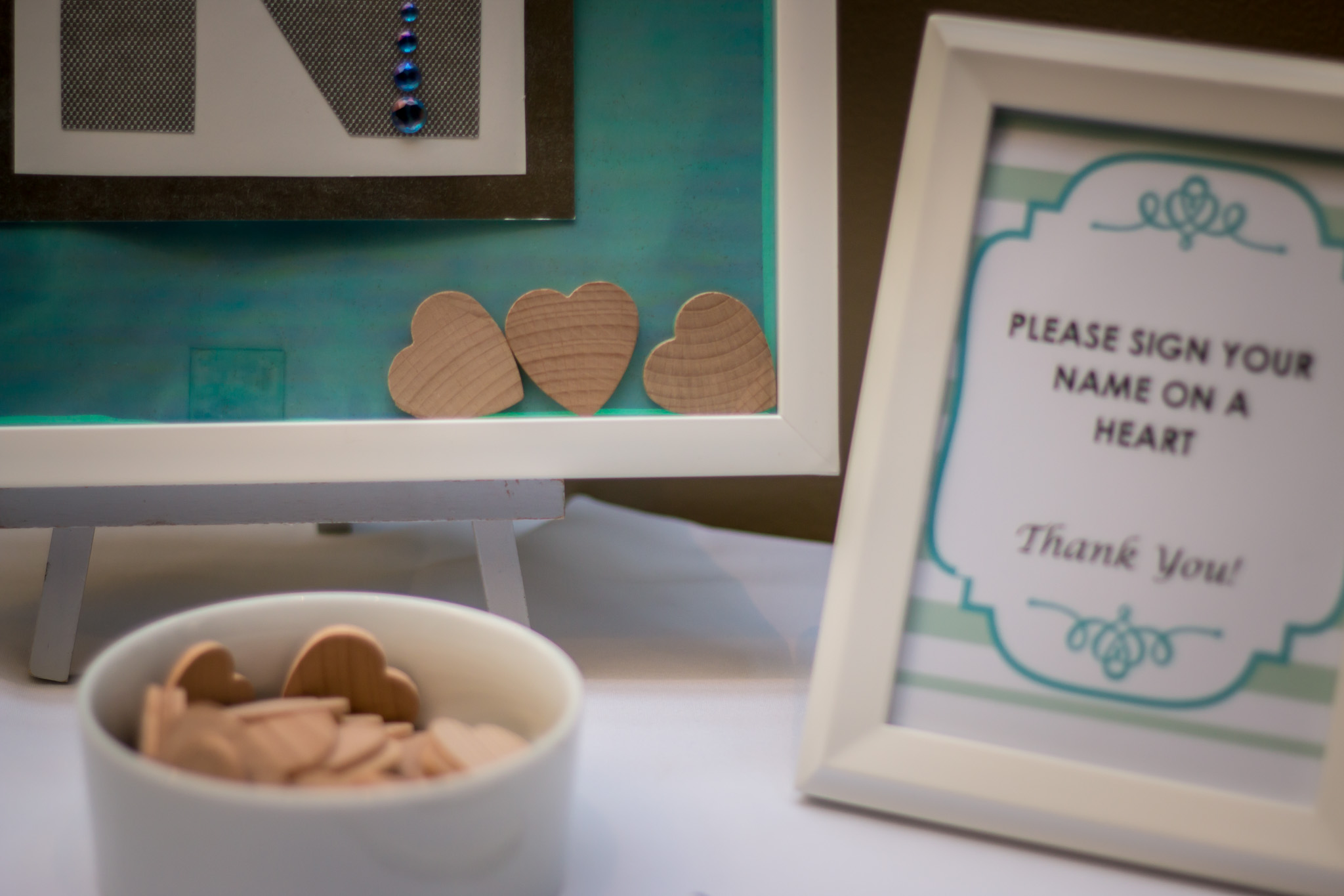 baby shower wooden hearts