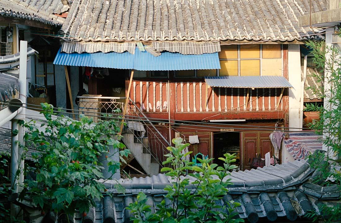 YunnanRoof.jpg