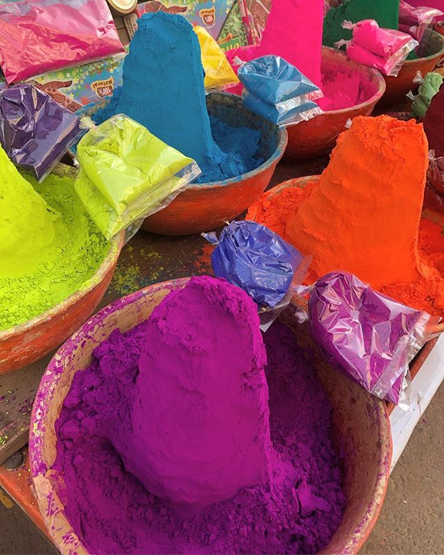 Pure pigment 😱 #India #Pushkar #paint #powderedcolour
