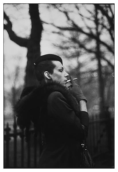 Nan Goldin. (1973).  Ivy in the Boston Garden . Harvard Art Museum