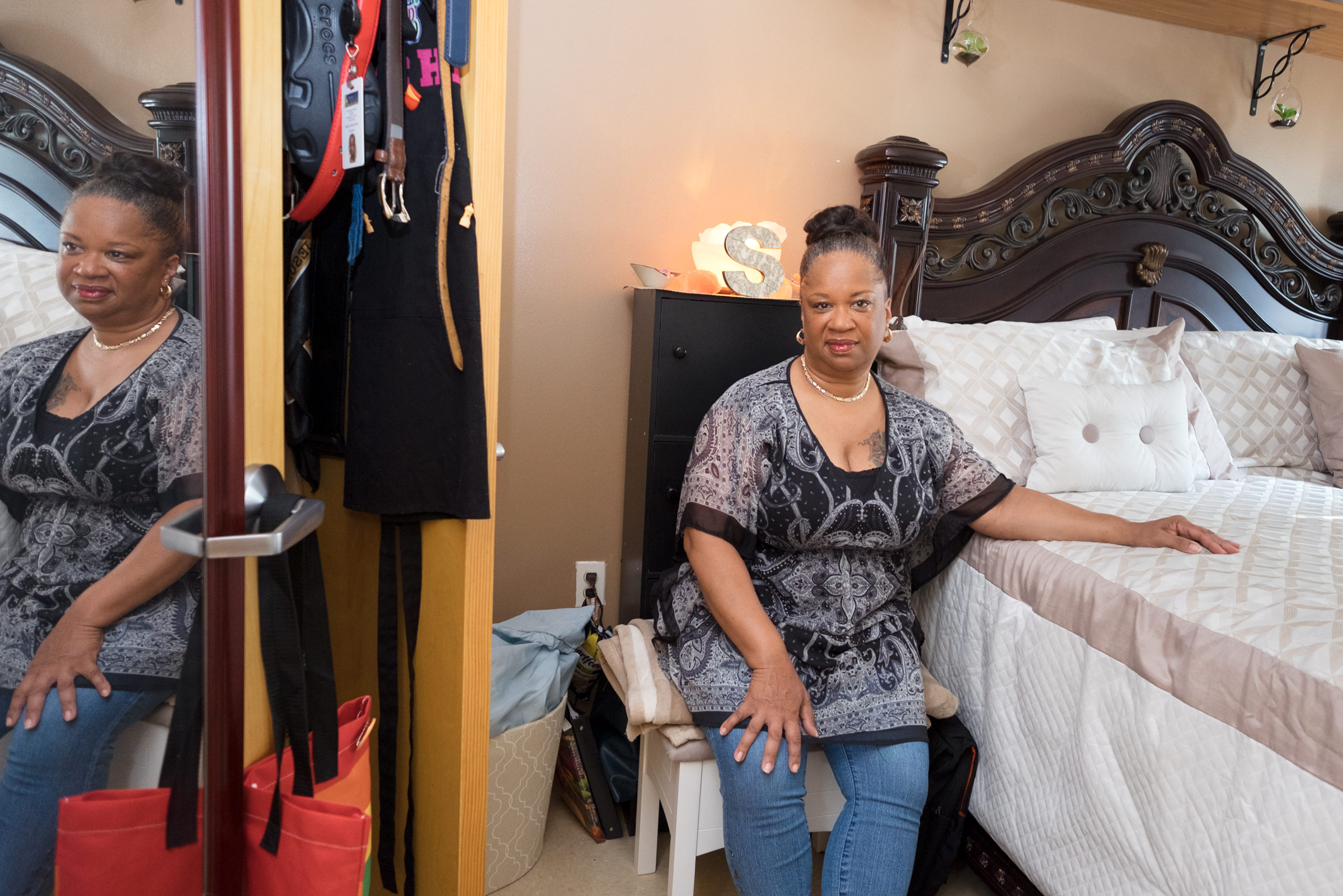 "SHARON, 57, back in supportive housing seven years after her release. Corona, NY (2017)   Sentence: 20 years to life  Served: 20 years  Released: May 2010  ""My body tells me, I was in prison, but my mind tells me that I never spent a day there. I have this sense of freedom and a strong sense of feeling liberated. I am so in touch with my womanhood, of being a mom and a grandmother, a friend and a partner, a spirtitual sister. I'm in touch with all that . . . my room is a place of peace and a sanctuary to come home to every day. I love turning the key in my door."""