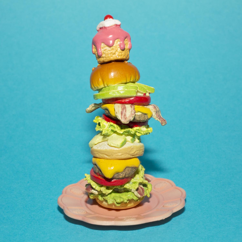 Joseph Maida  #stacked #burger #muffintop #バーガー #ハンバーガー #thingsarequeer,   August 2, 2015