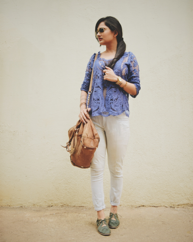 The Chic Armoire by Nidhi Kunder | Laced Summer Blues 1