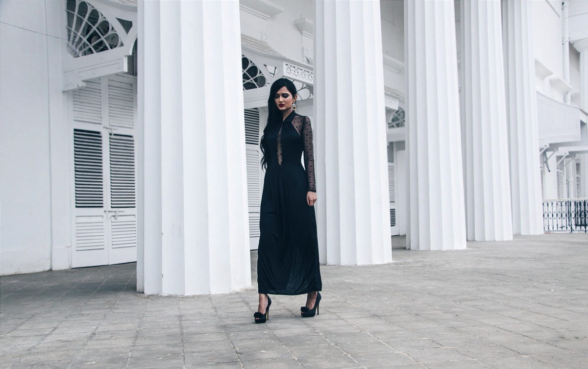 The Chic Armoire by Nidhi Kunder - BLVCK 8