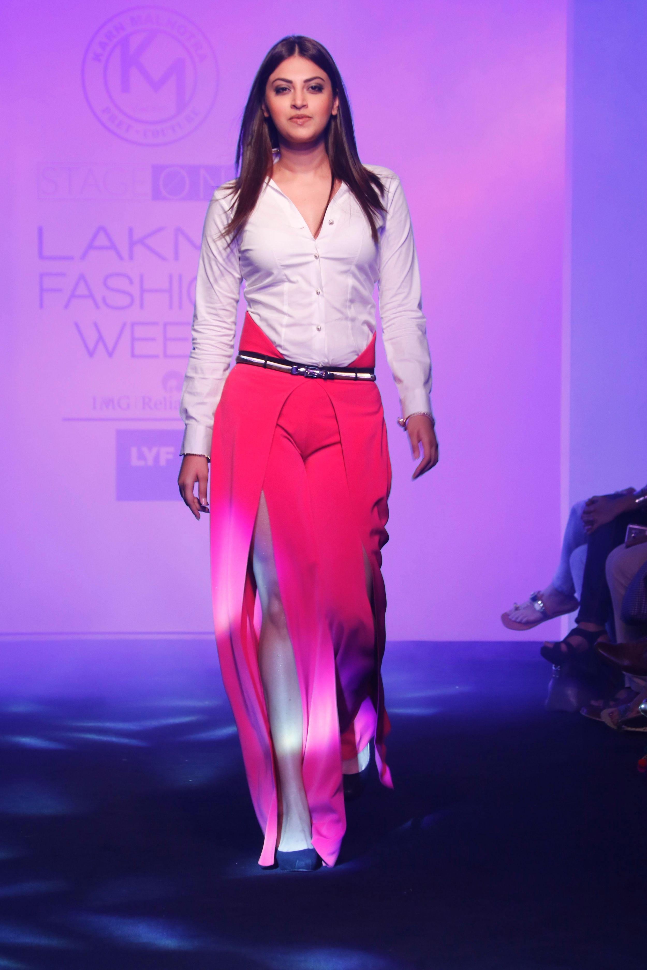 Karn-Malhotra-Lakme-Fashion-Week-1