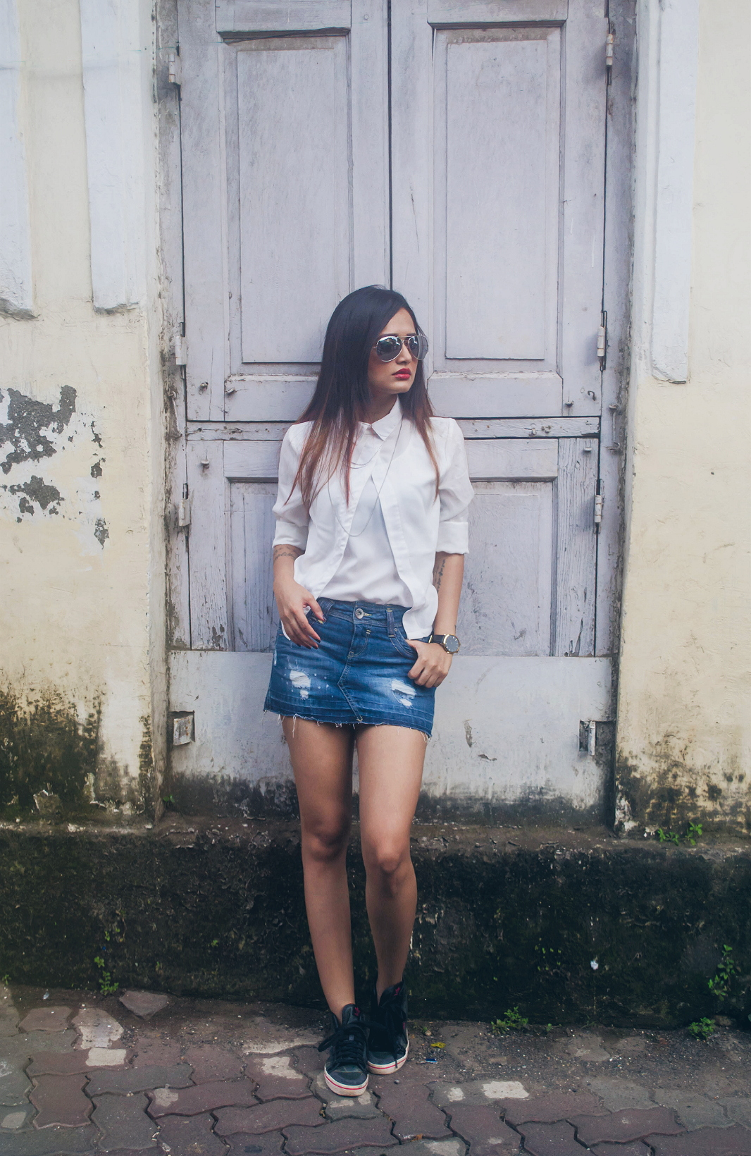 The-Chic-Armoire-by-Nidhi-Kunder-Denim-Mini-Skirt-3